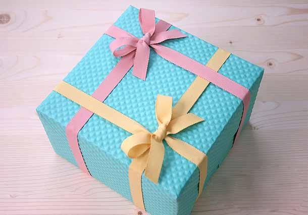 Оформление большой подарочной коробки своими руками 71