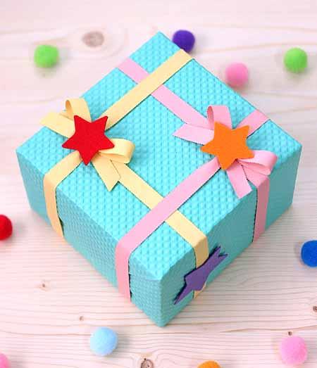 Как украсить коробку для подарка на день рождения своими руками