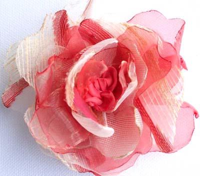 Цветок из ткани для волос своими руками