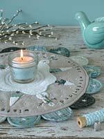 Декор для стола: идея подарка своими руками