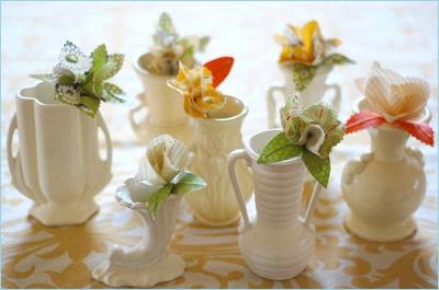 Бутоньерки для декорирования праздничного стола