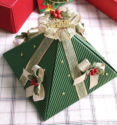 Коробки для новогодних