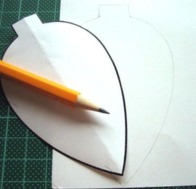 Новогодние украшения из бумаги - переносим шаблон на бумагу