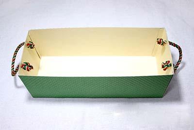 Коробка для сладостей - вставляем ручки