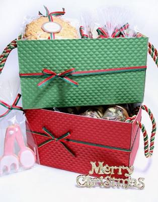 Корзинки с новогодними сладостями