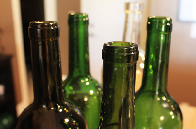Декор бутылок своими руками - подготавливаем бутылки для покраски