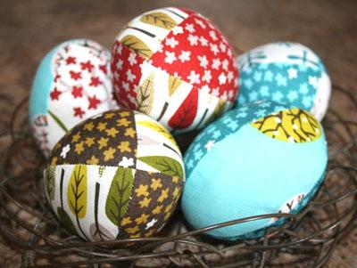 Сочные декоративные яйца из хлопчатобумажной ткани
